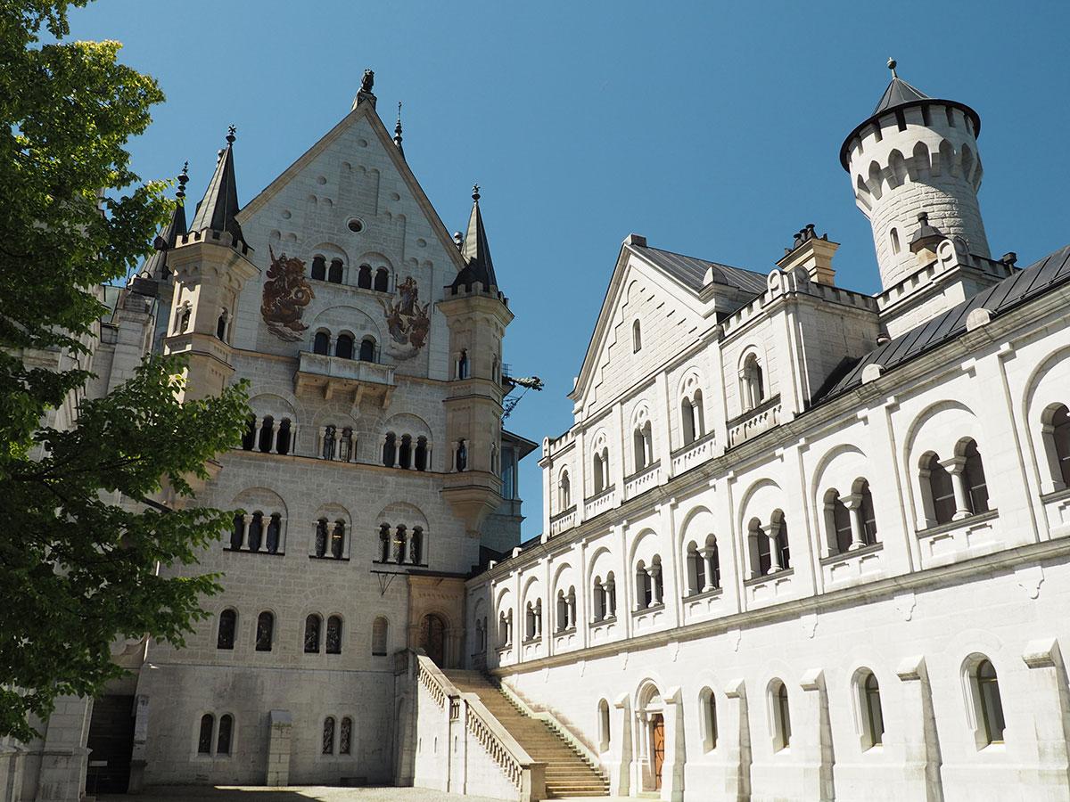 Schloss Neuschwanstein Innenhof
