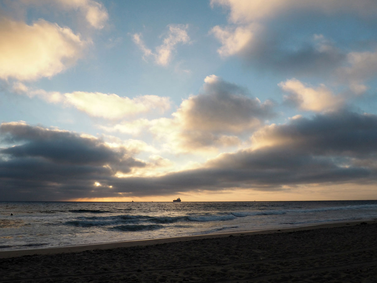 sunset-manhattanbeach