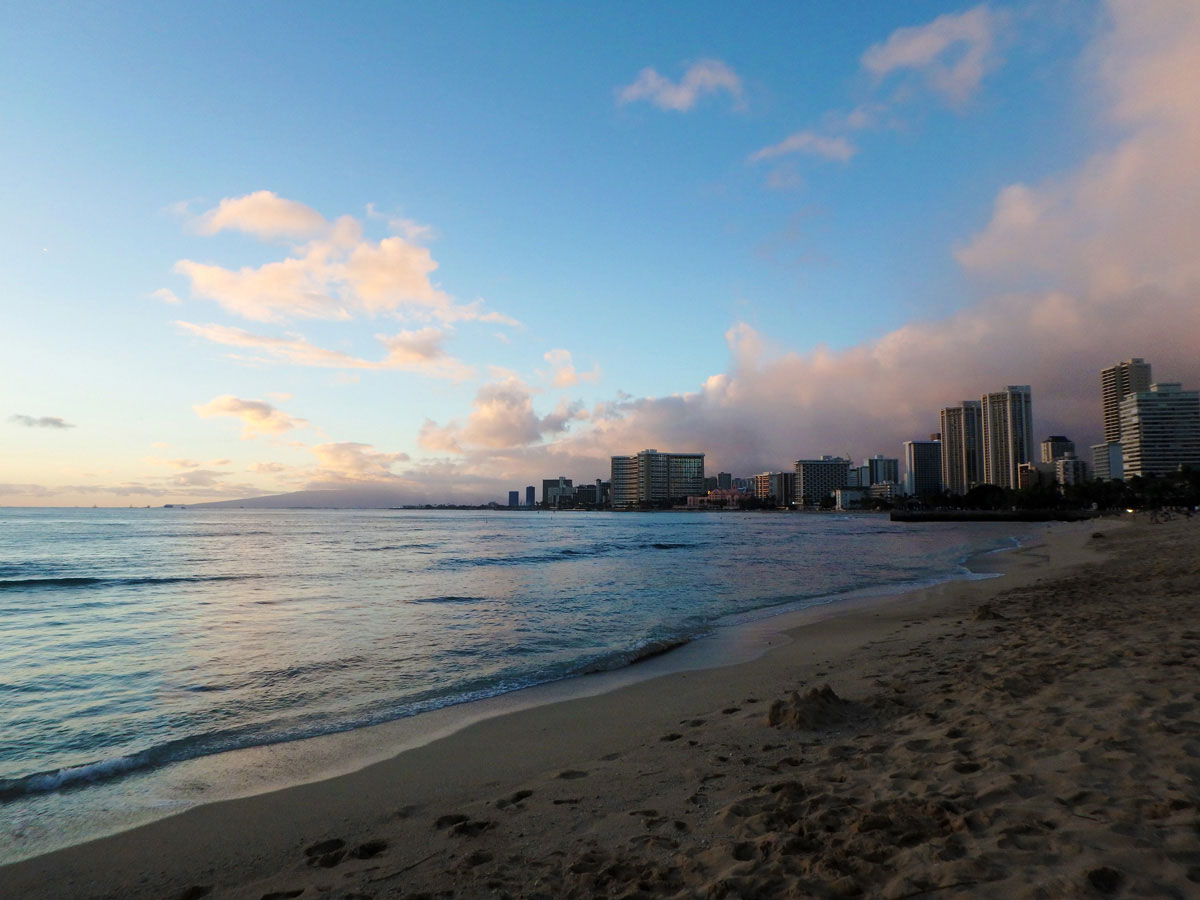 oahu-honolulu-waikiki-beach
