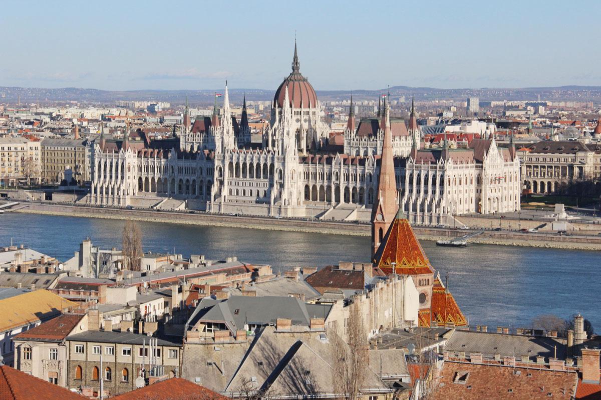 budapest-parlament-burgviertel
