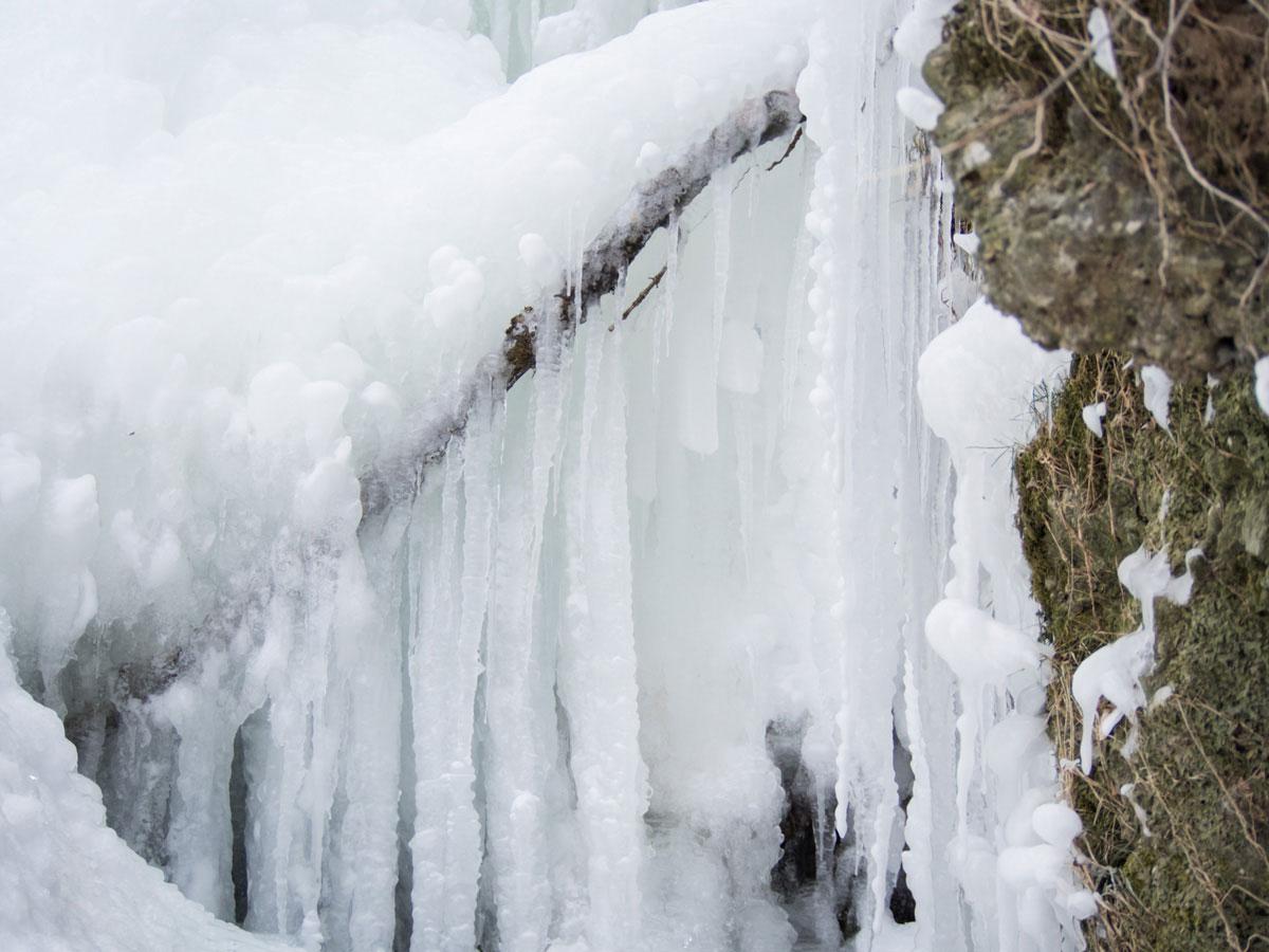 fallerbucht wasserfall 8 - Der Fallerbucht Wasserfall in Oberösterreich im Winter - eine bizarre Eiswelt