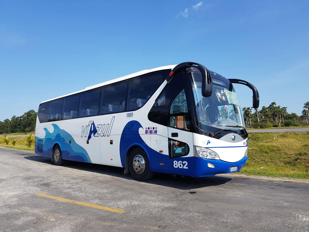 Bus fahren in Kuba
