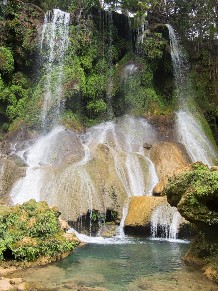 P3270189 - Ausflug zum El Nicho Wasserfall und Hanabanilla See