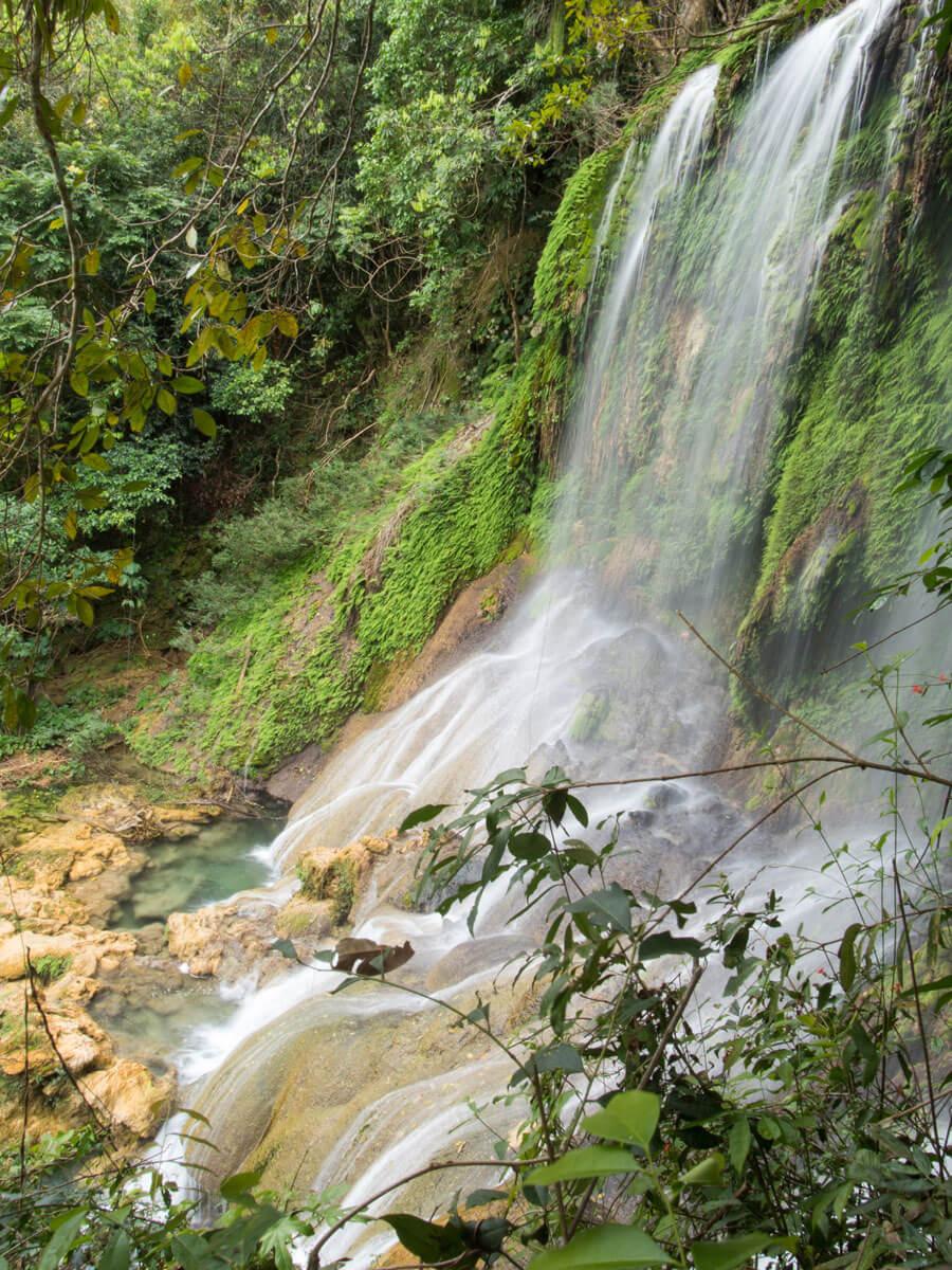P3270226 - Ausflug zum El Nicho Wasserfall und Hanabanilla See