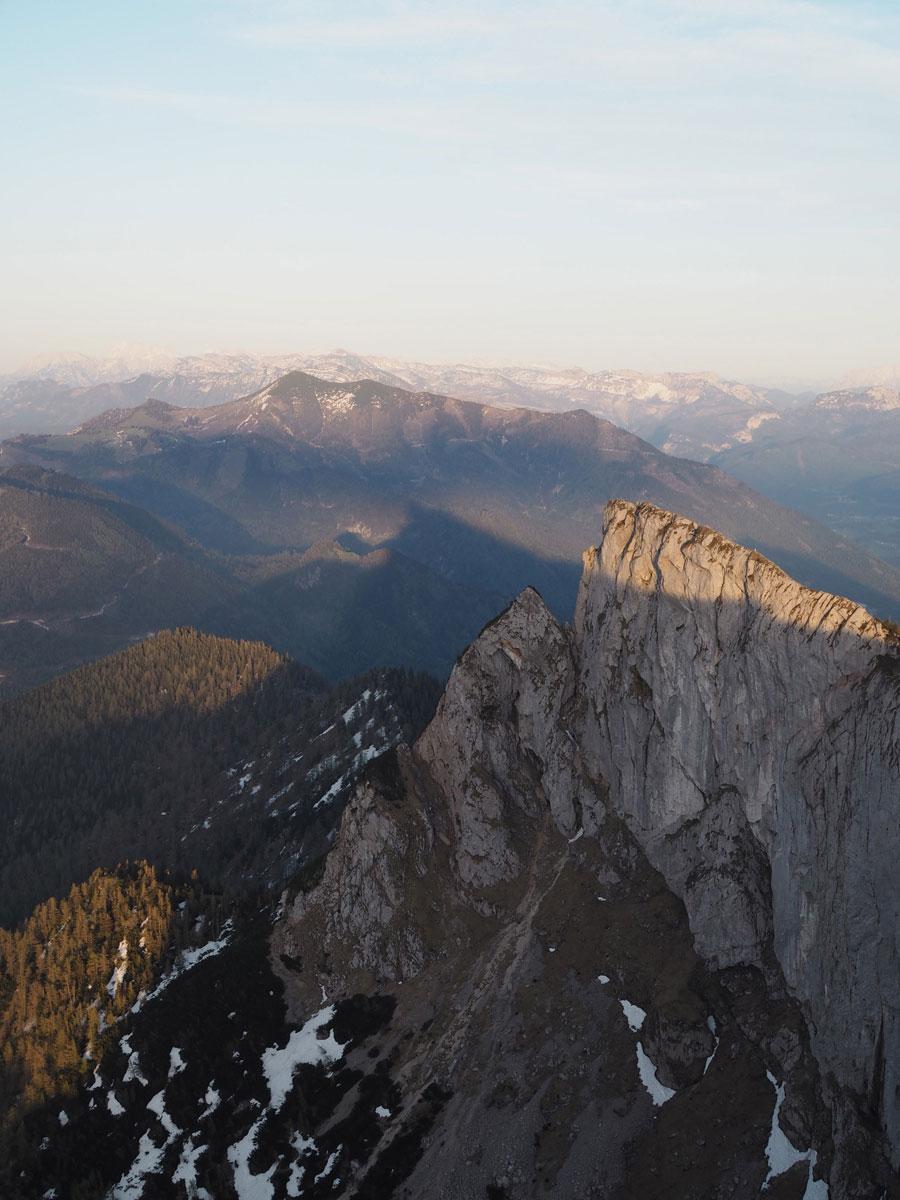 Ausblick vom Schafberg Gipfel im Salzkammergut