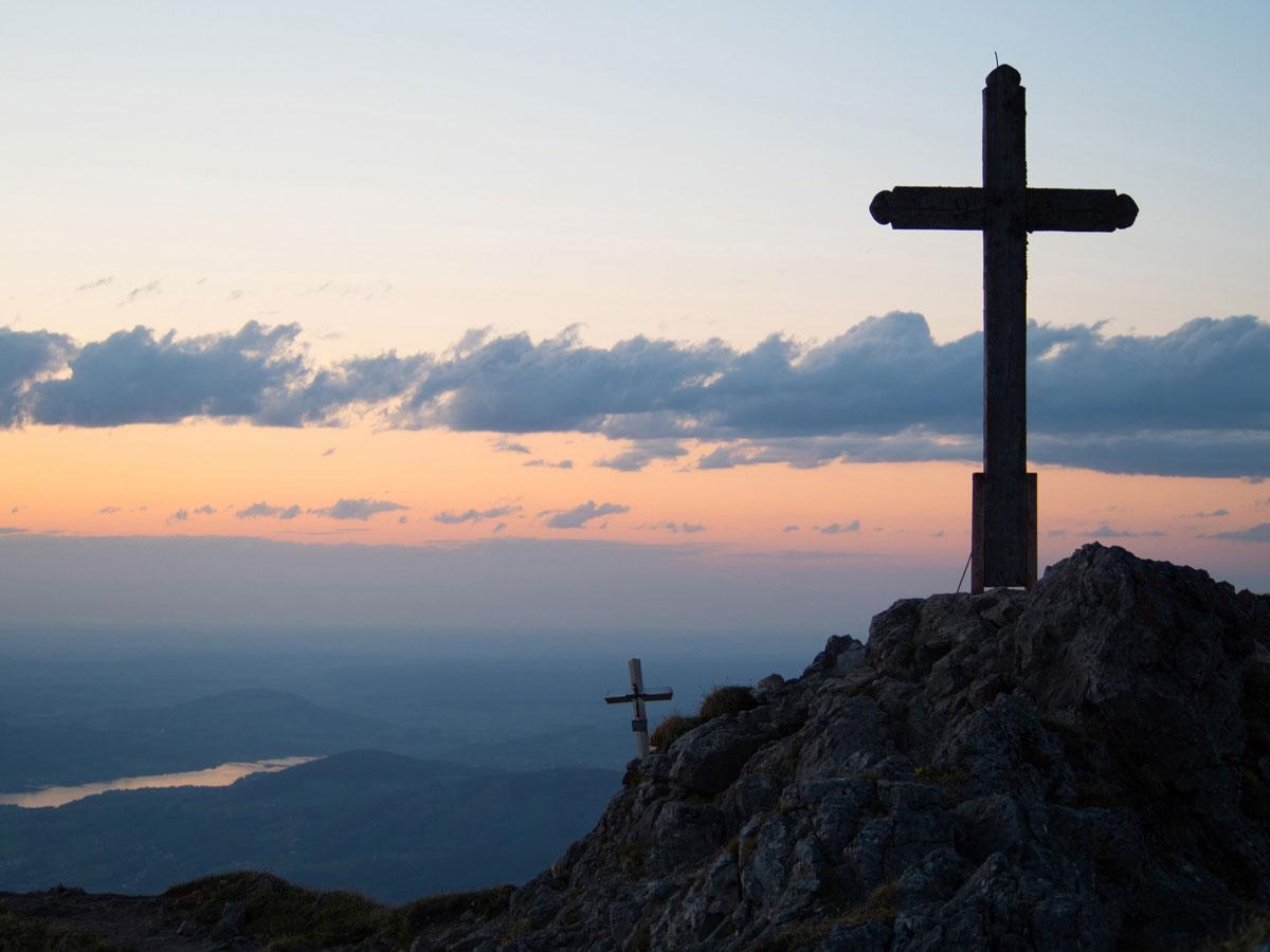 Gipfelkreuz am Schlafberg im Salzkammergut