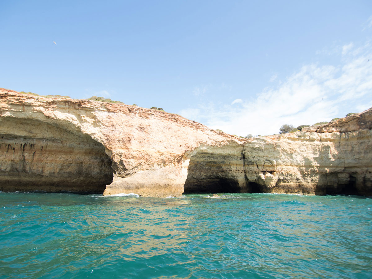 benagil hoehle portugal erkunden 4 - Die Benagil Höhle an der Algarve entdecken