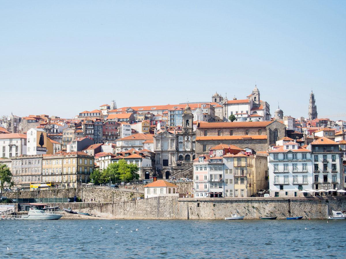 porto aussicht flussufer - Ein Tag in der Stadt Porto in Portugal