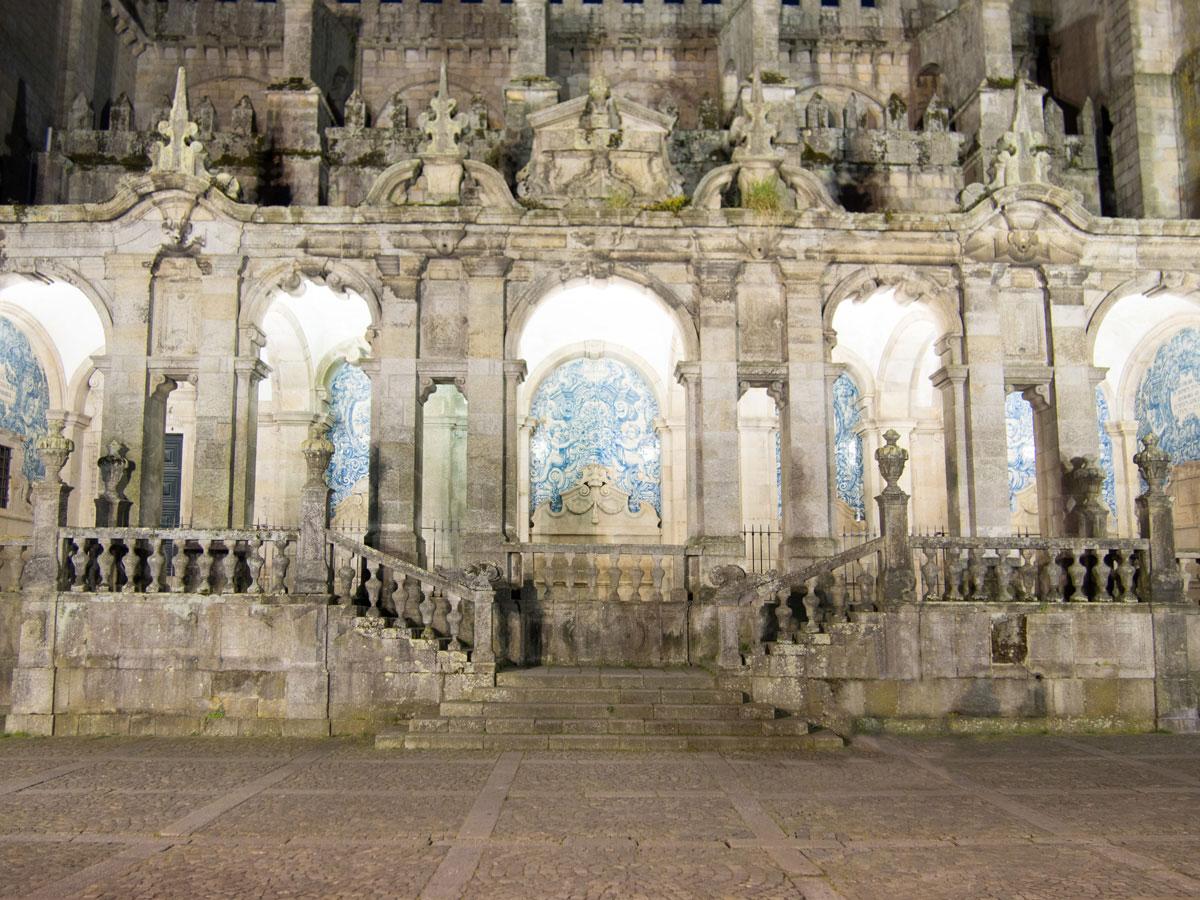 porto kathedrale nacht - Ein Tag in der Stadt Porto in Portugal