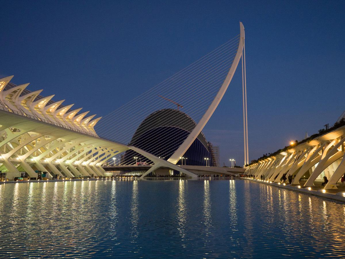 ciutat de les arts ciences valencia sonnenuntergang 9 - Valencia erkunden - Reiseplanung, Highlights, Ausflugstipps