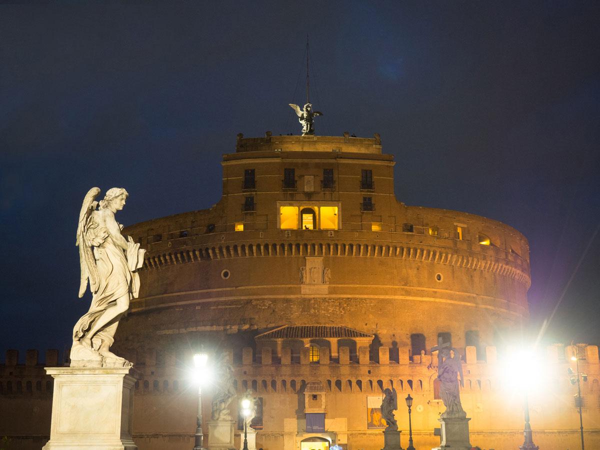 rom engelsburg 2 - Spaziergang durch Rom - Zu Fuß in Rom unterwegs - Sehenswertes und Reisetipps