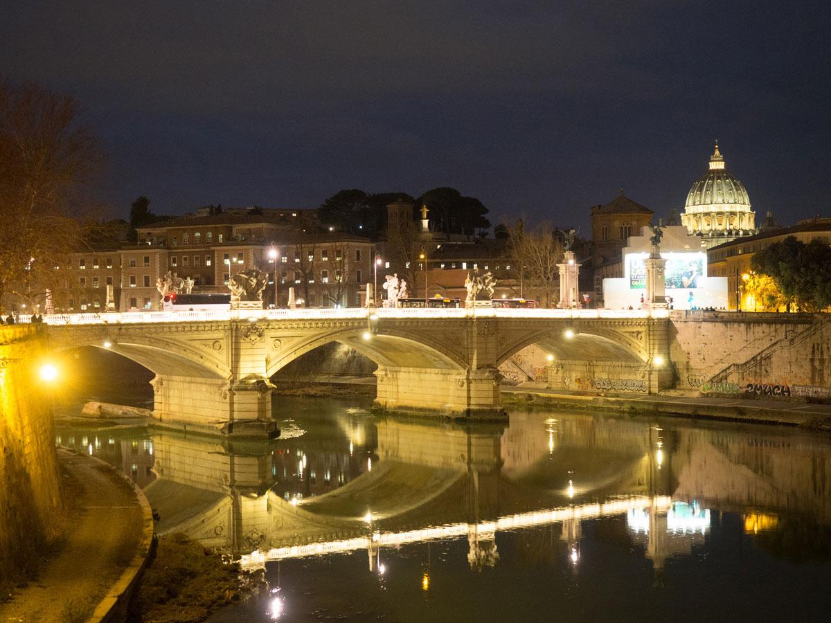 rom engelsburg 4 - Spaziergang durch Rom - Zu Fuß in Rom unterwegs - Sehenswertes und Reisetipps