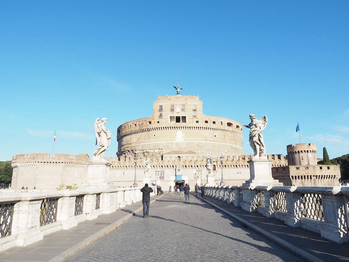 rom morgens engelsburg - 6 Reisetipps, die deinen Rom Aufenthalt unvergesslich machen