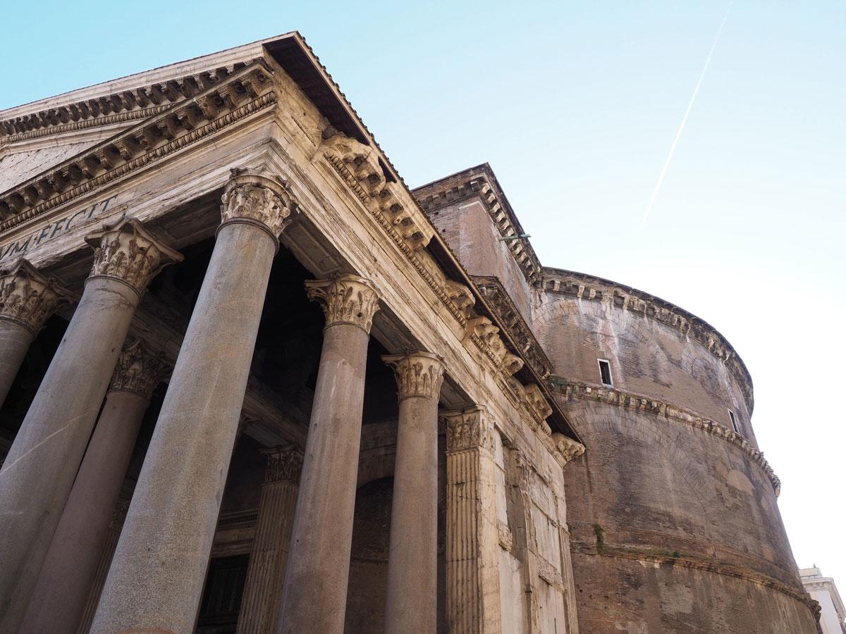 rom pantheon 1 - Spaziergang durch Rom - Zu Fuß in Rom unterwegs - Sehenswertes und Reisetipps