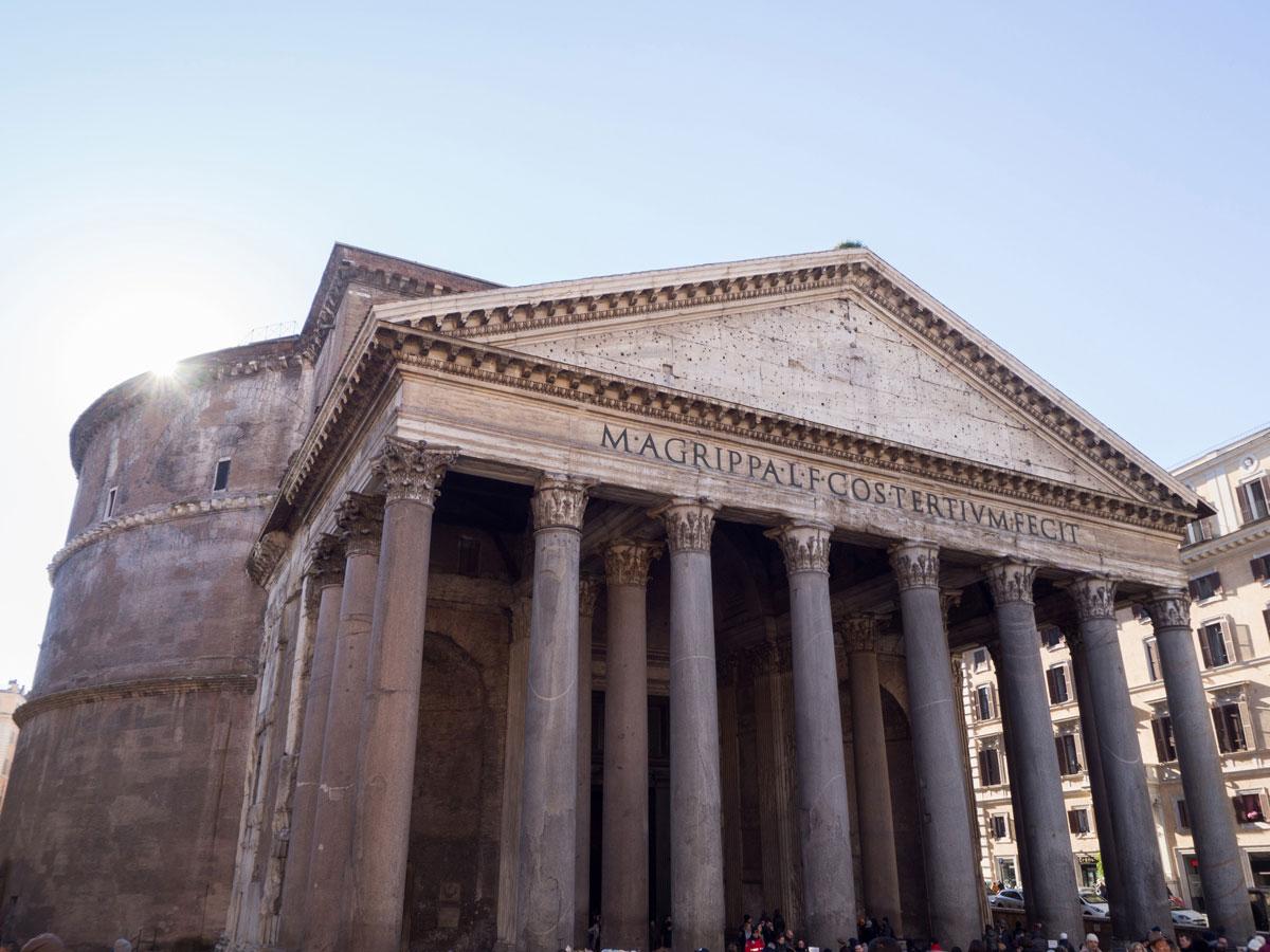 rom pantheon 2 - Spaziergang durch Rom - Zu Fuß in Rom unterwegs - Sehenswertes und Reisetipps
