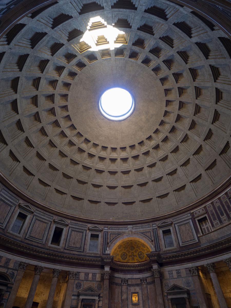 rom pantheon 3 - Spaziergang durch Rom - Zu Fuß in Rom unterwegs - Sehenswertes und Reisetipps