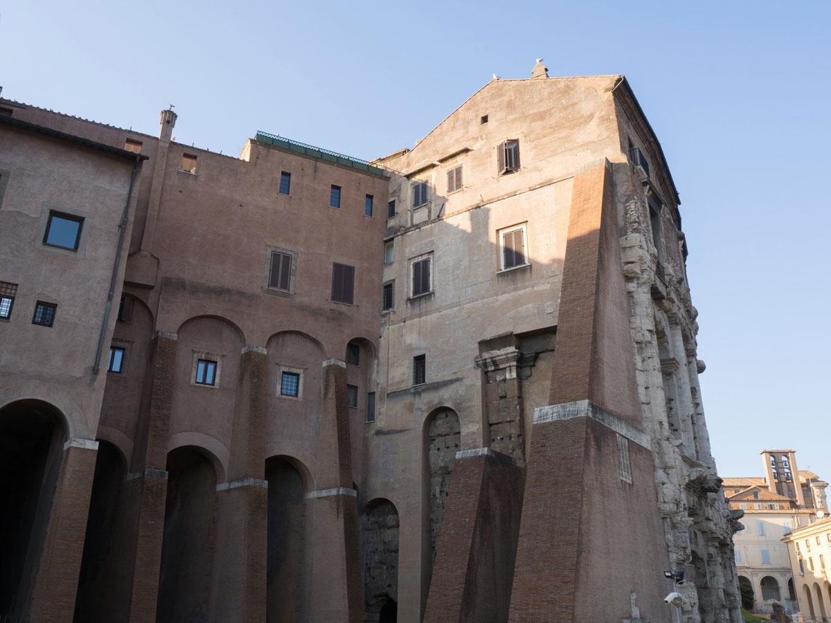 rom teatro marcello 1 - Spaziergang durch Rom - Zu Fuß in Rom unterwegs - Sehenswertes und Reisetipps