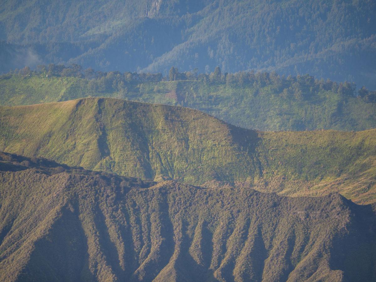 bromo java sonnenaufgang wandern selbst organisiert 49 - Mt. Bromo auf Java auf eigene Faust erkunden - Tipps zu Anreise und Übernachtung