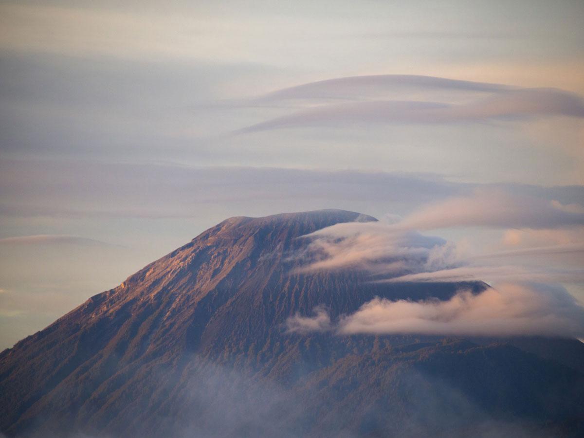 bromo java sonnenaufgang wandern selbst organisiert 59 - Sonnenaufgang und Sea of Sand beim Mt. Bromo - Wanderung auf eigene Faust
