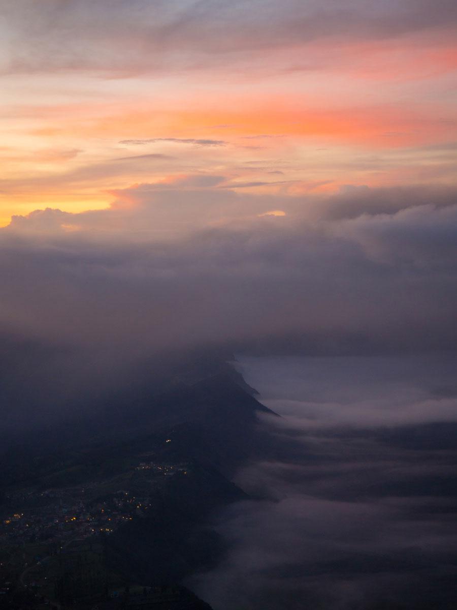 bromo java sonnenaufgang wandern selbst organisiert 67 - Sonnenaufgang und Sea of Sand beim Mt. Bromo - Wanderung auf eigene Faust