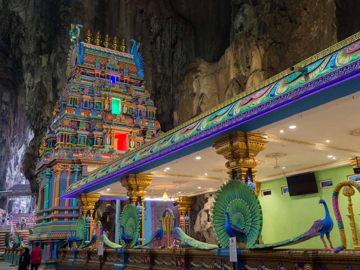 kuala lumpur malaysien batu caves 4 - Highlights für einen Stopover in Kuala Lumpur – Was ihr in 24 Stunden unbedingt sehen müsst