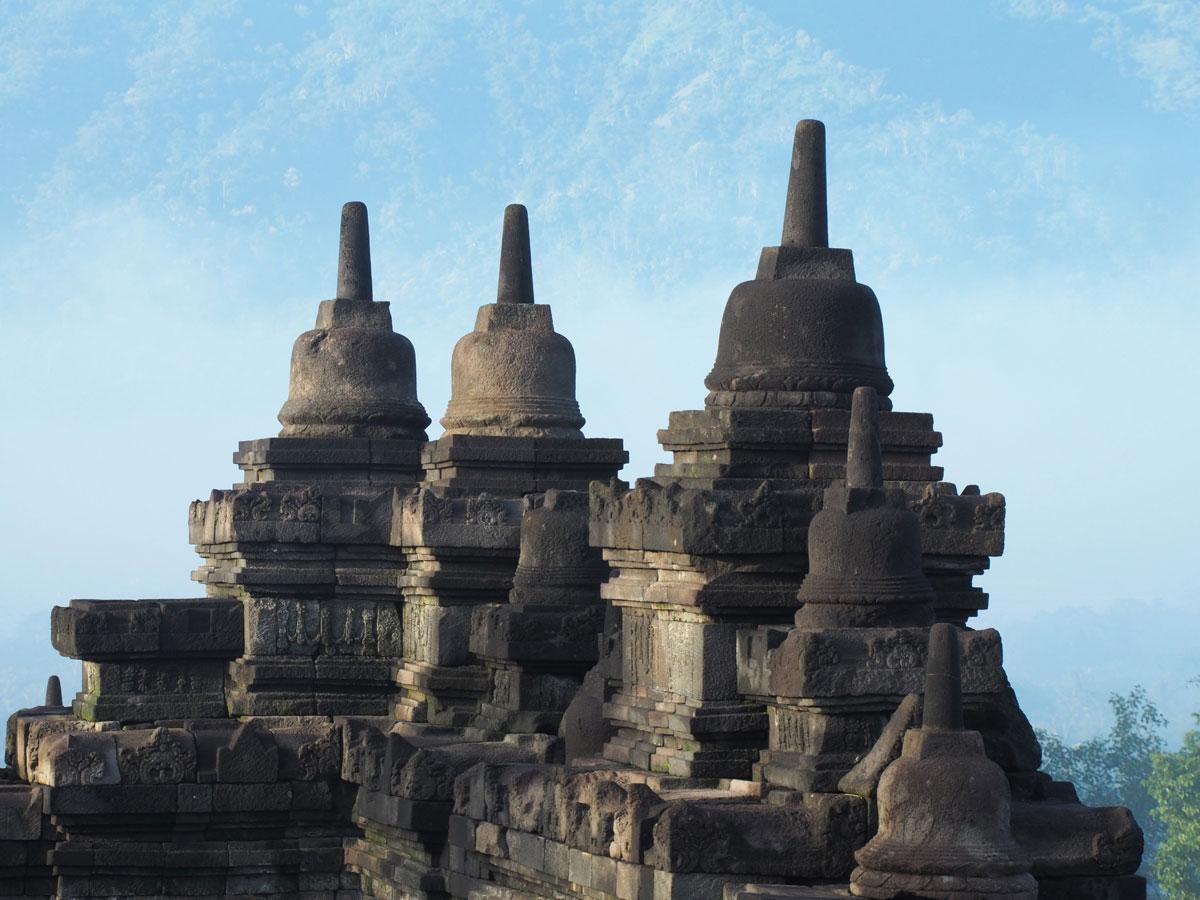 borobudur tempel java indonesien sonnenaufgang 18 - Borobodur Tempel in Java (Indonesien) zu Sonnenaufgang