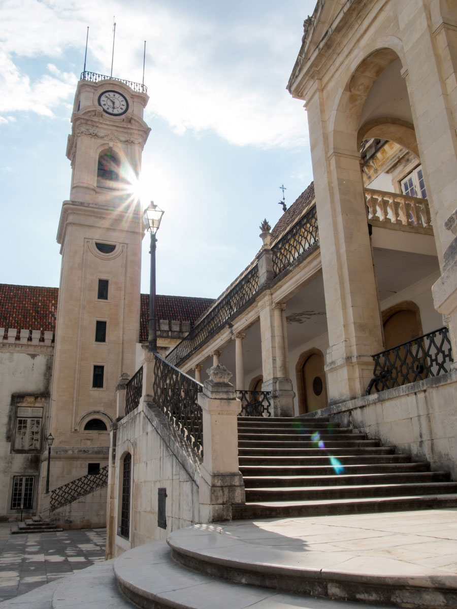 Turm in Universität Coimbra
