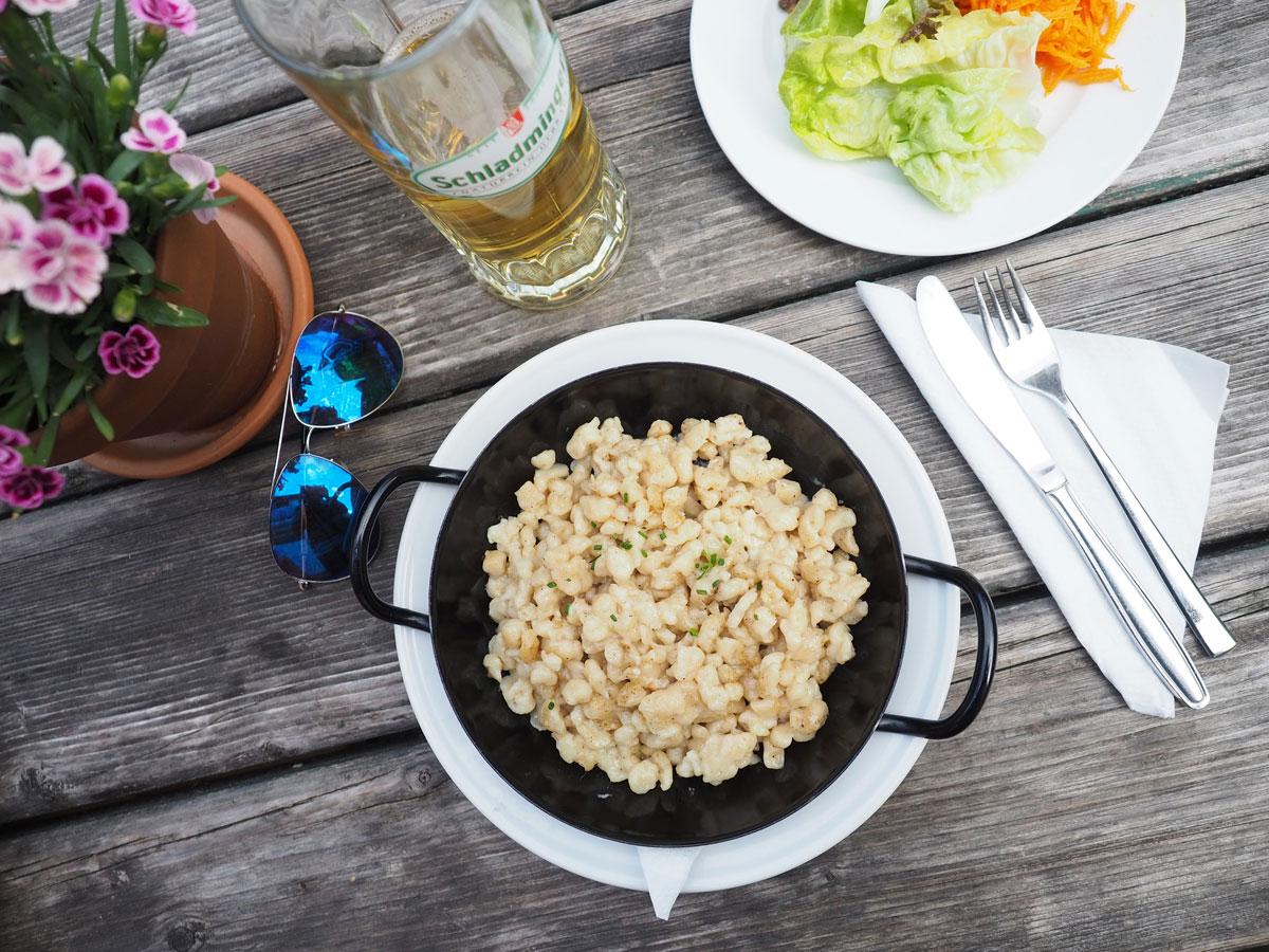 Käsespätzle Mittagessen in Schladming
