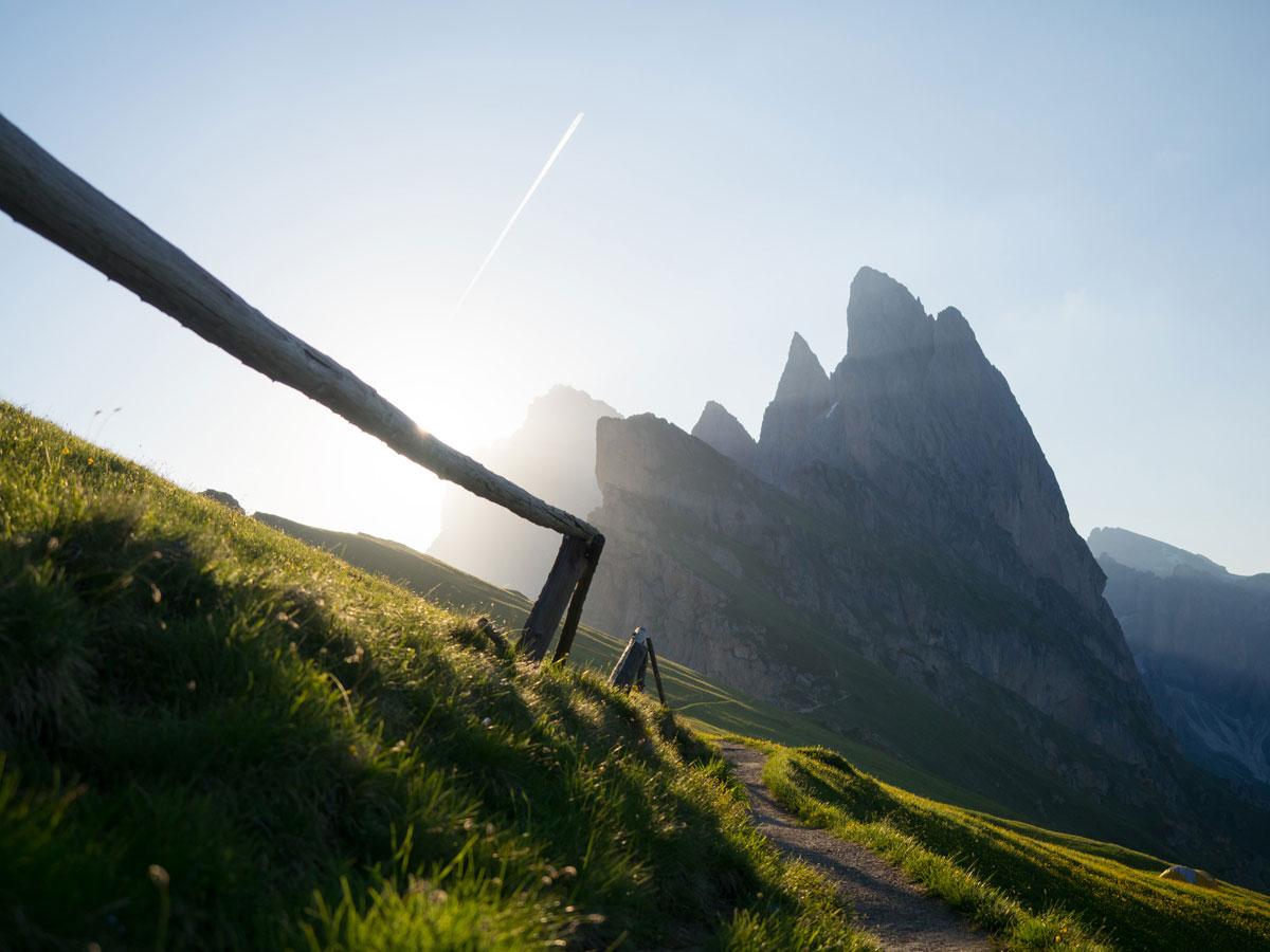 seceda groeden suedtirol dolomiten wandern 8 - Wandern auf die Seceda von Wolkenstein - Sonnenaufgang auf der Seceda