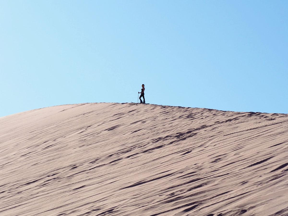 atacama sandsurfen sandskiing 2 - Als Selbstfahrer in der Atacama Wüste in Chile unterwegs