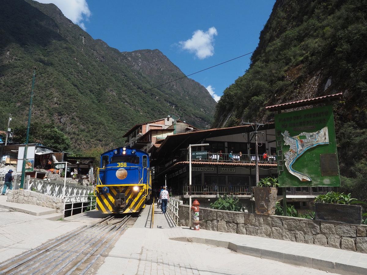 Aguas Calientes Bahnhof Machu Picchu