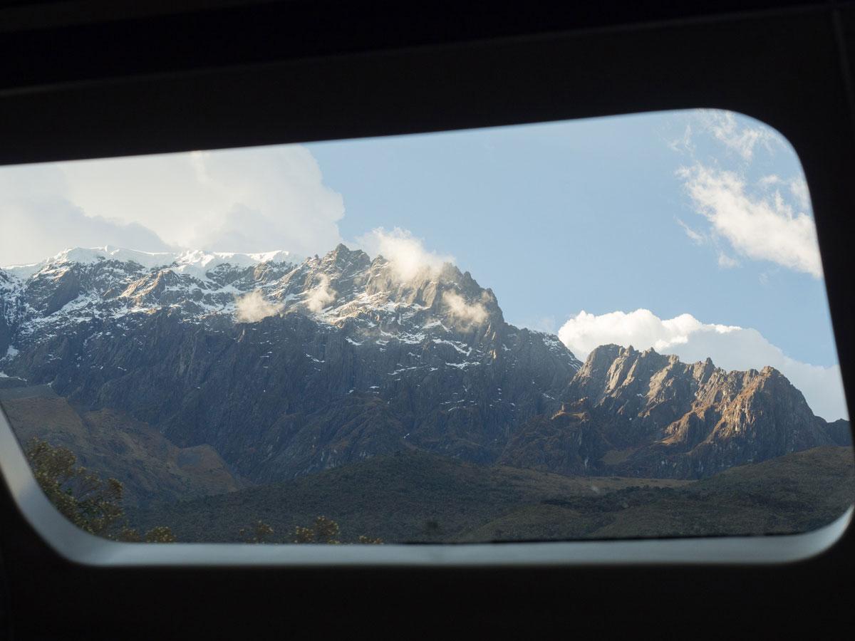 Ausblick Zugfahrt mit Peru Rail Machu Picchu