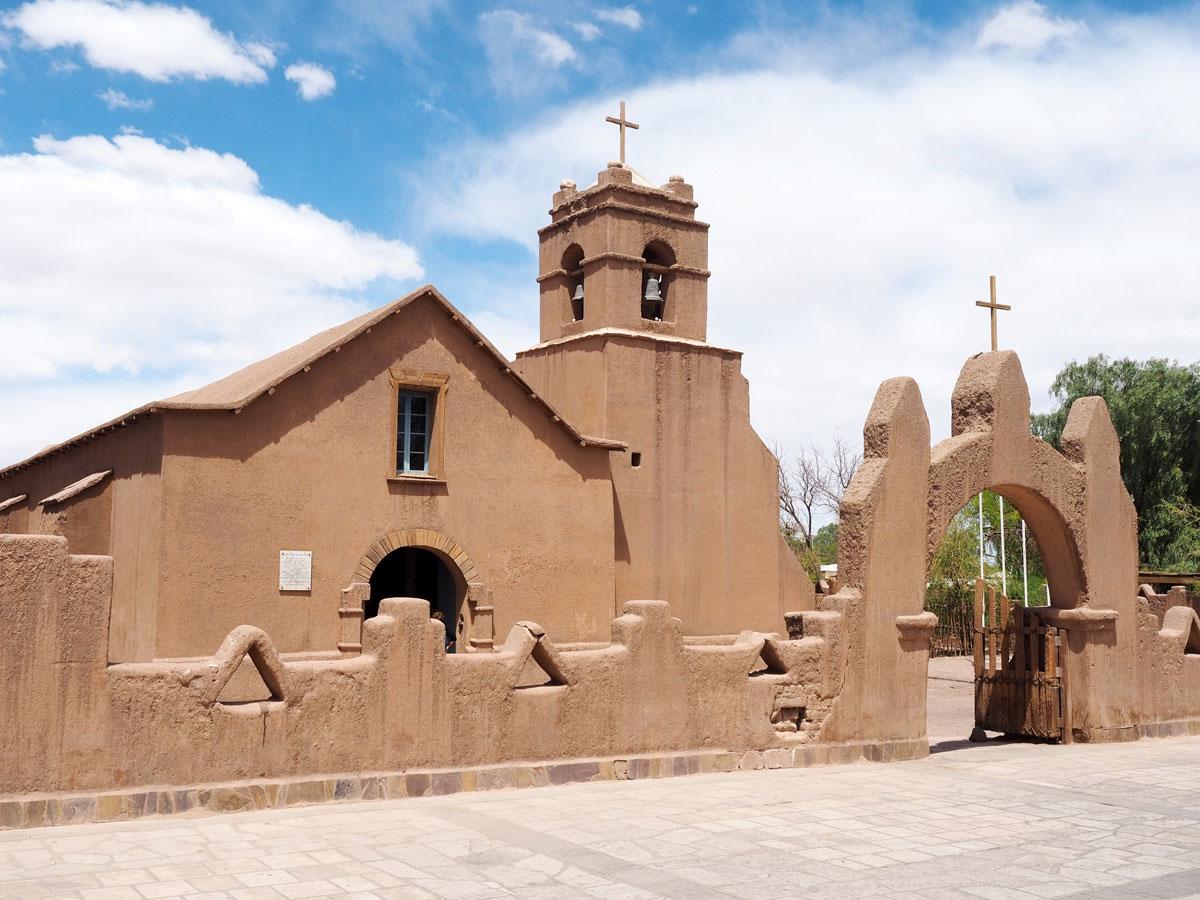 san pedro atacama chile kirche - Als Selbstfahrer in der Atacama Wüste in Chile unterwegs