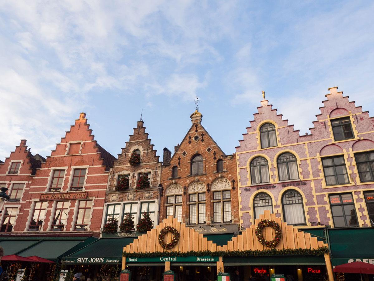 brugge markt 3 - Reiseguide für Brügge, Belgien - Sehenswertes, Reisetipps und Fototipps