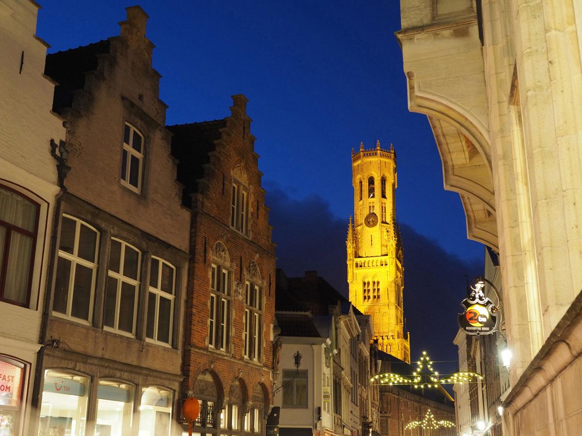 brugge markt 4 - Reiseguide für Brügge, Belgien - Sehenswertes, Reisetipps und Fototipps