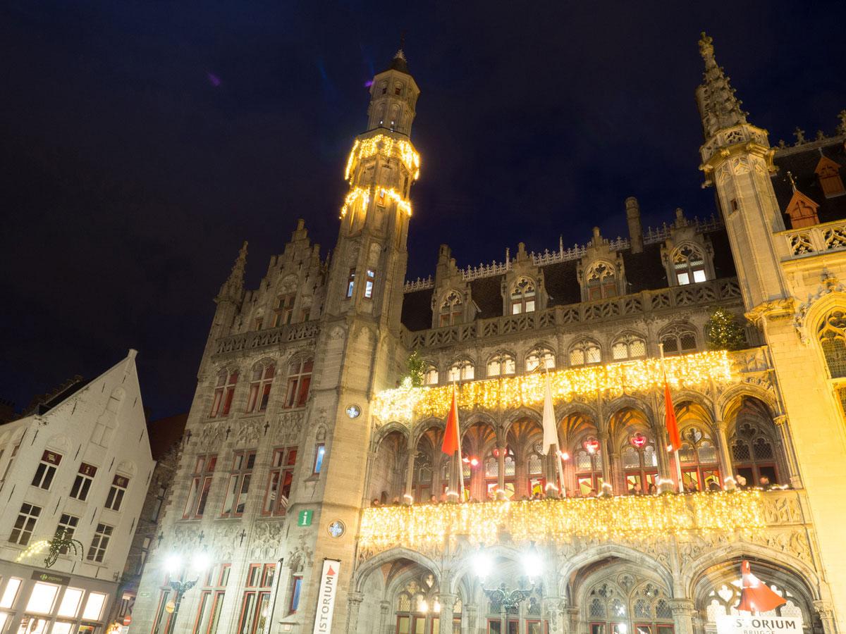 brugge markt 5 - Reiseguide für Brügge, Belgien - Sehenswertes, Reisetipps und Fototipps