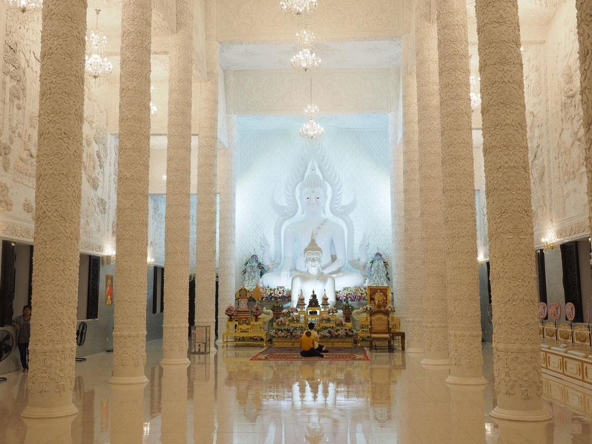 big buddha chiang rai2 2 - Reiseguide Chiang Rai - weißer Tempel, blauer Tempel und Big Buddha