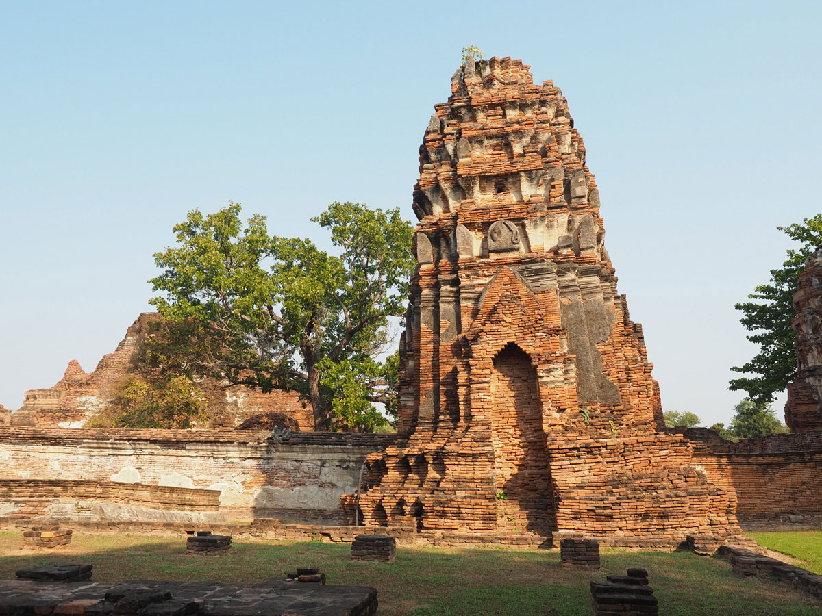 wat ratburana ayutthaya thailand 1 - 9 Orte die man in Ayutthaya, Thailand unbedingt gesehen haben muss