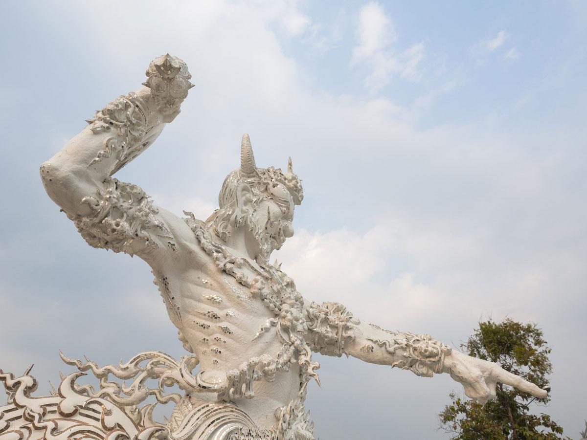 white temple chiang rai3 1 - Reiseguide Chiang Rai - weißer Tempel, blauer Tempel und Big Buddha