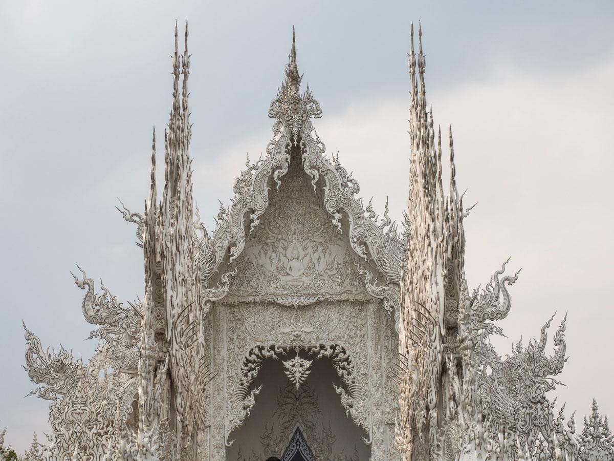 white temple chiang rai3 2 - Reiseguide Chiang Rai - weißer Tempel, blauer Tempel und Big Buddha