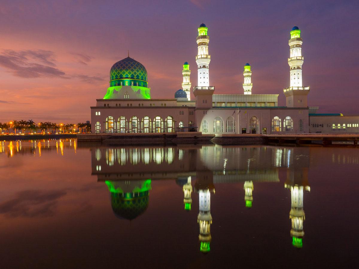 Kota Kinabalu Moschee, Sehenswürdigkeiten Borneo