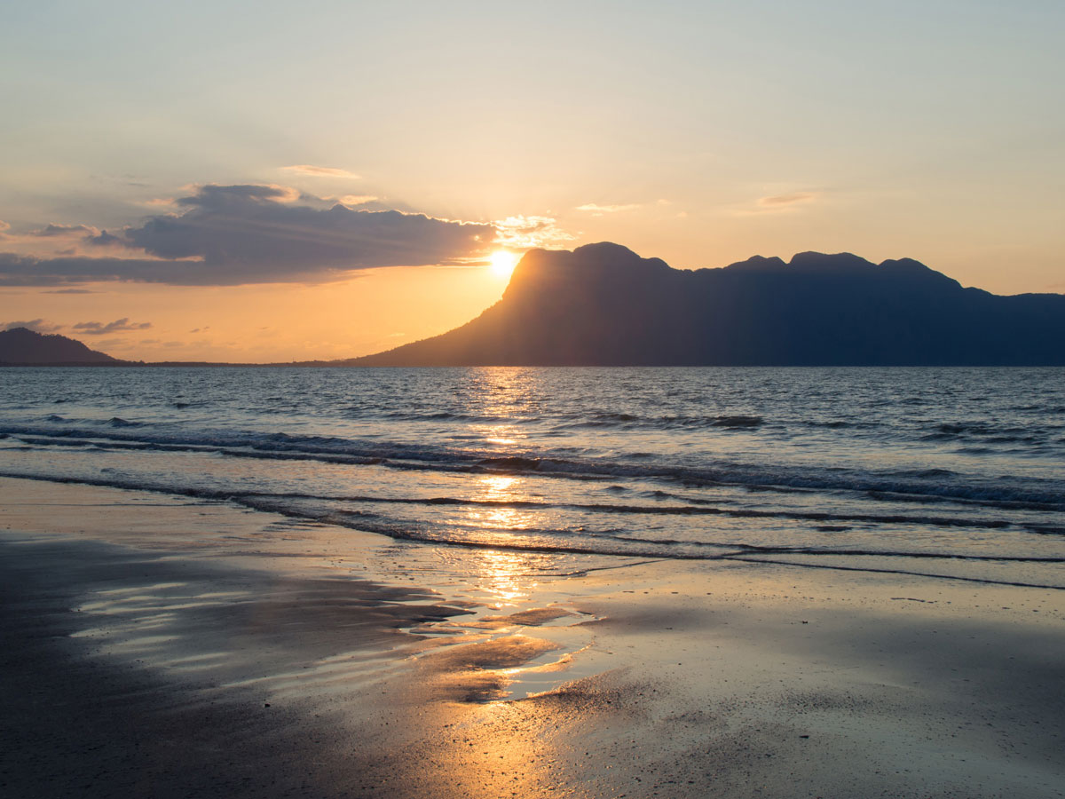 "Sonnenuntergang Strand Bako Nationalpark ("")"