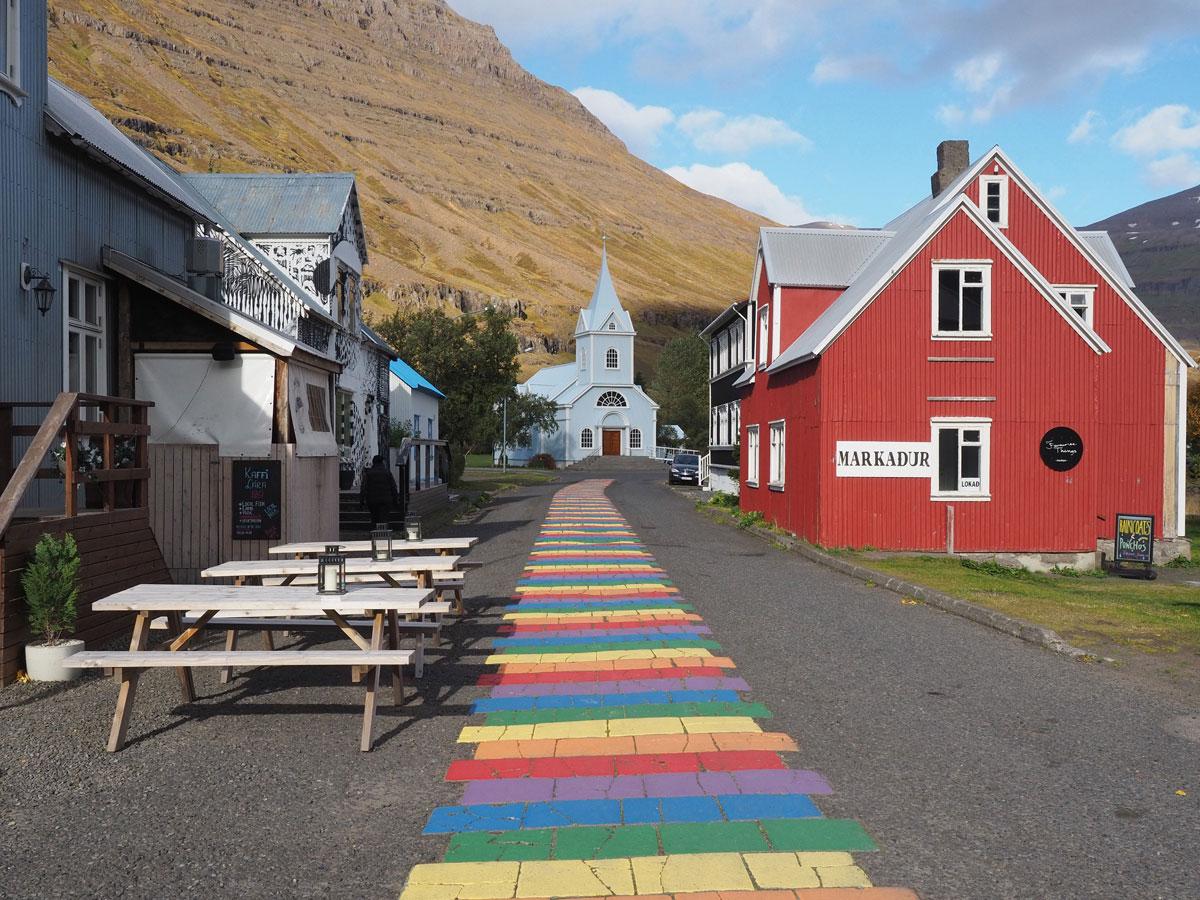 """osten Island Fjord Ort Seydisfjördur Bunte Strasse"