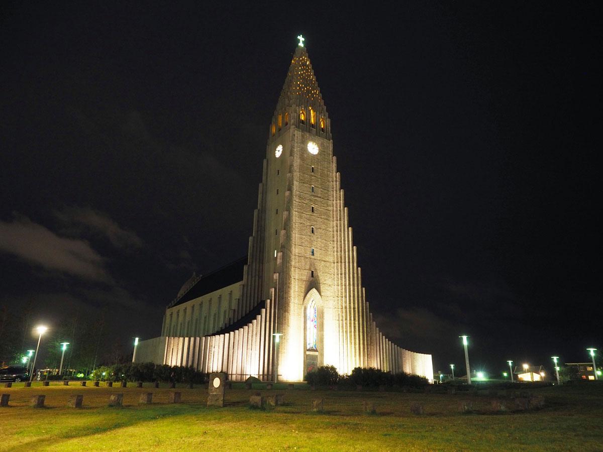 """ Island Reykjavik Kirche Hallgrimskirkja"