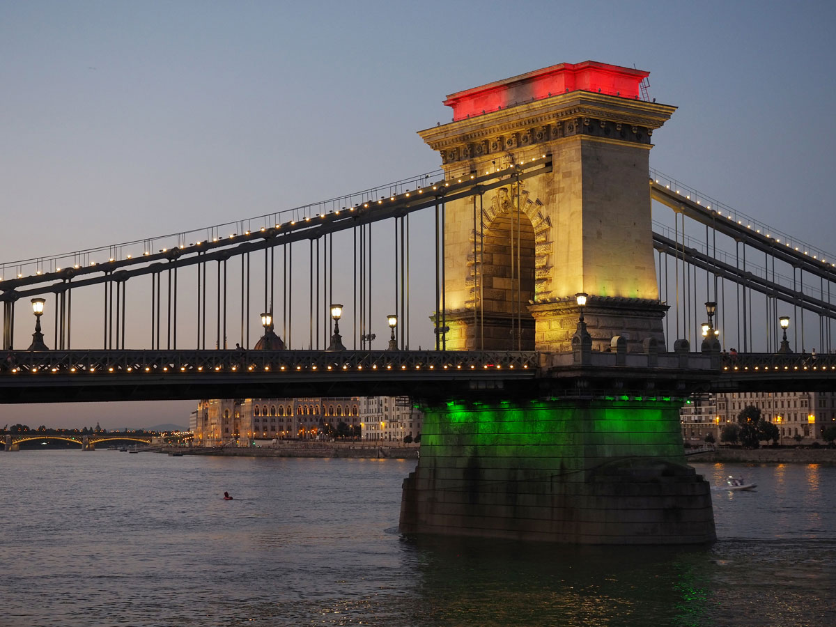 "Budapest ("")"