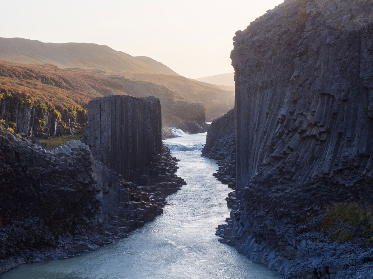 "Studlagil Canyon Island Wandern ("")"