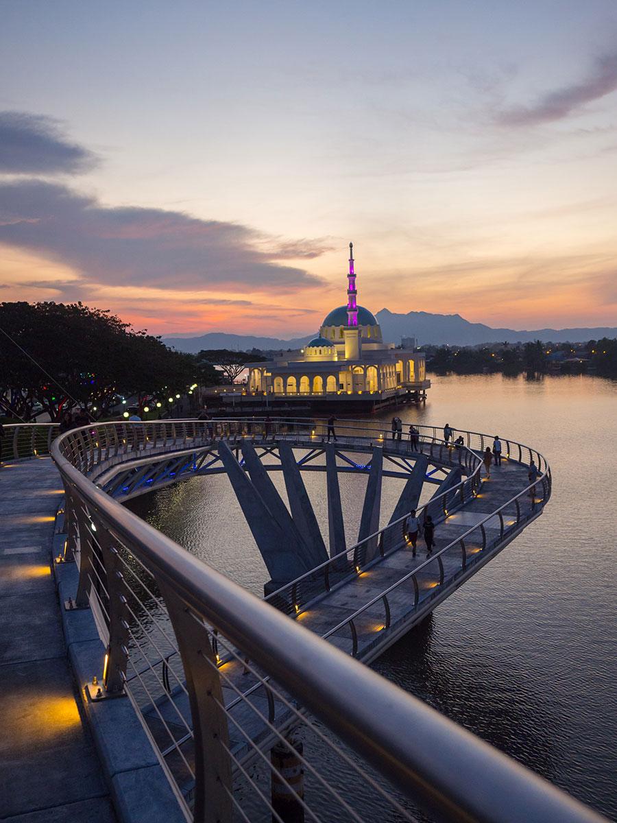"""Kuching Waterfront Sehenswertes ("""")"""